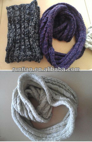 Popular Good Quality Mohair Knitting Neck Warmer Round Scarf Snood