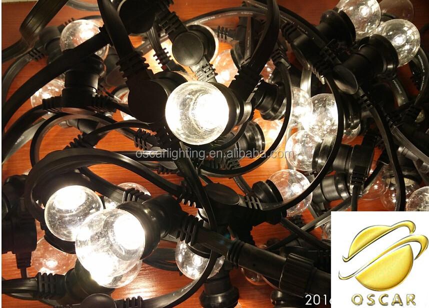 Lampade A Sospensione Allaperto : Ghirlanda di luce e e supporto della lampada della stringa