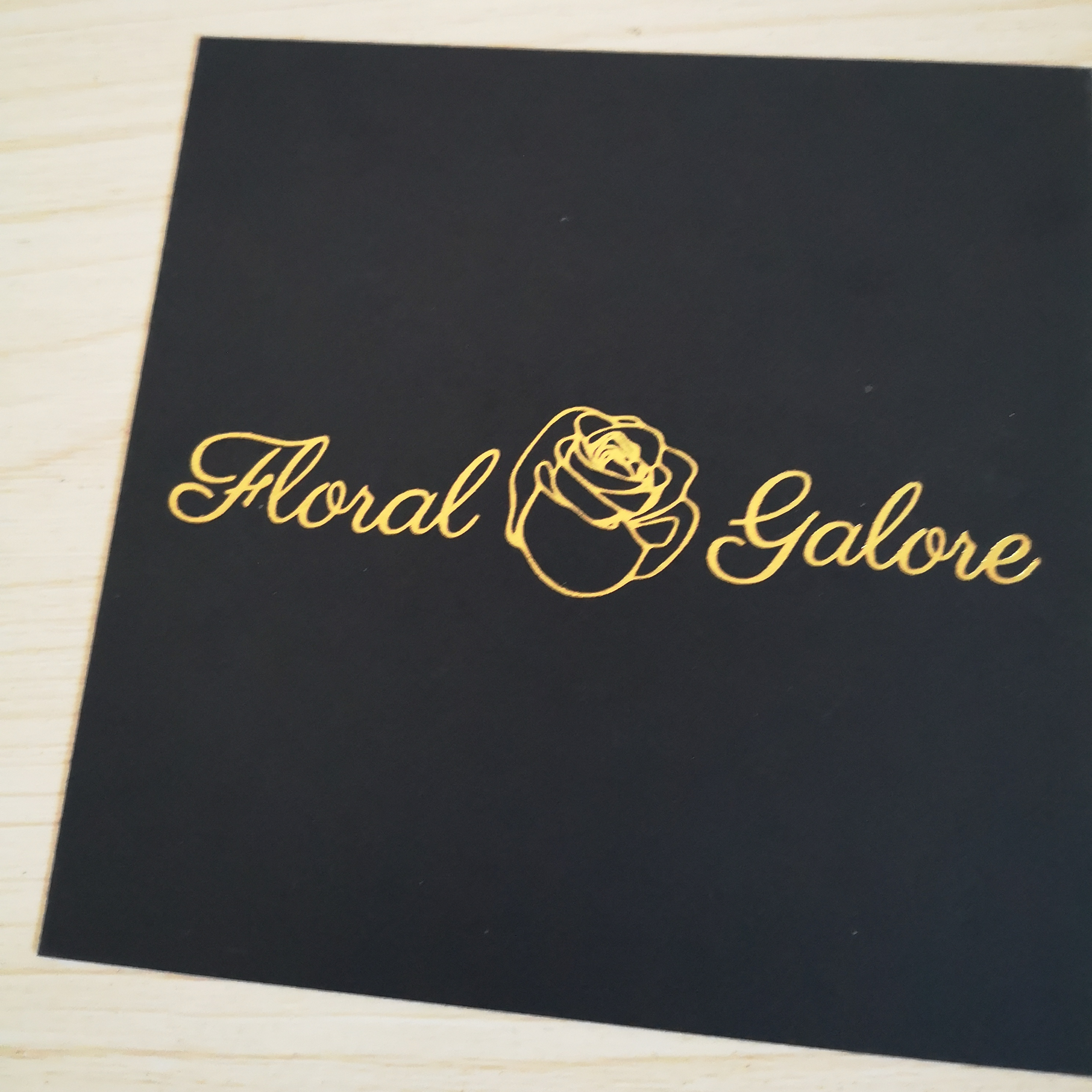 Customized Logo Rose Gold Foil Stamp Embossed Letterpress Printing Paper Business Card Cards Foiled