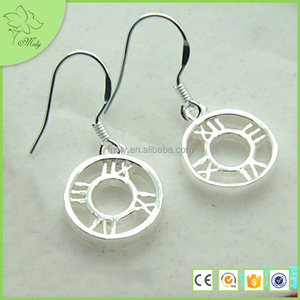 Fashion Earring for Girls Alloy Circle Dangle Earring Roman Number Daily Wear Earrings