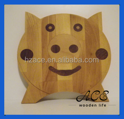 Wooden Pig Shape Cutting Board Wooden Serving Board for Children Cute Kitchenware Made by Wood