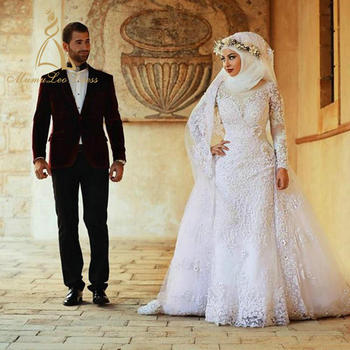 38804620cc Hijab Bridal Gown Lace Appliqued Classic Beaded Sweep Train White Arab Long  Sleeve Muslim Wedding Dress