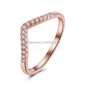 New Arrival Valentine Gift Simple V Shape Ring Rhinestone Cubic