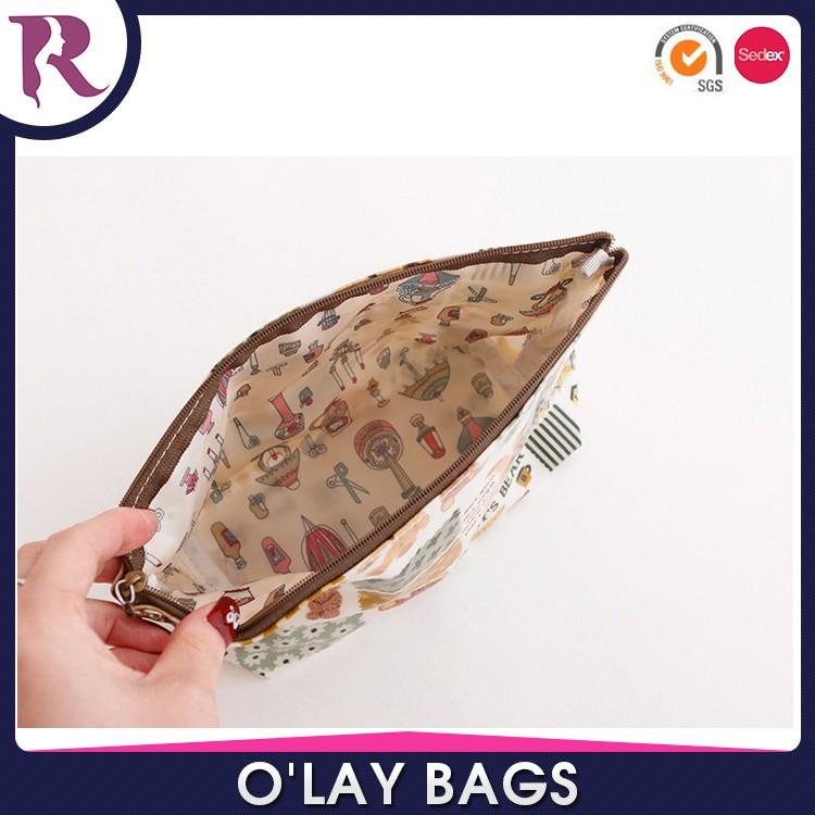 Sac cosmétique promotionnel de poche à glissière sac cosmétique de base