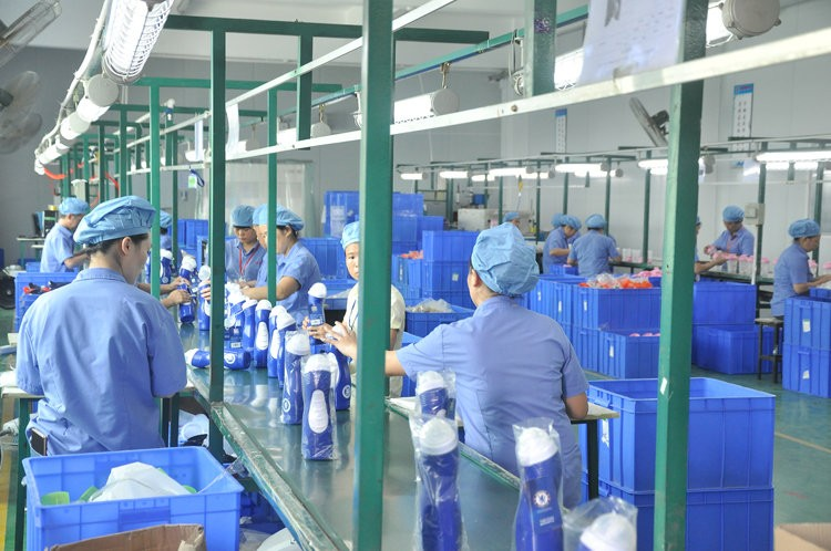 Plastic Shaker Bottle Manufacturer