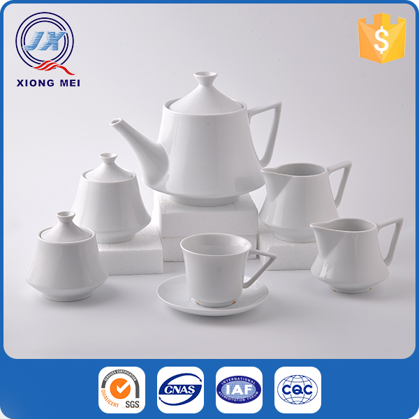 Wholesale personalized porcelain custom capacity glazed white tea cup and saucer sets