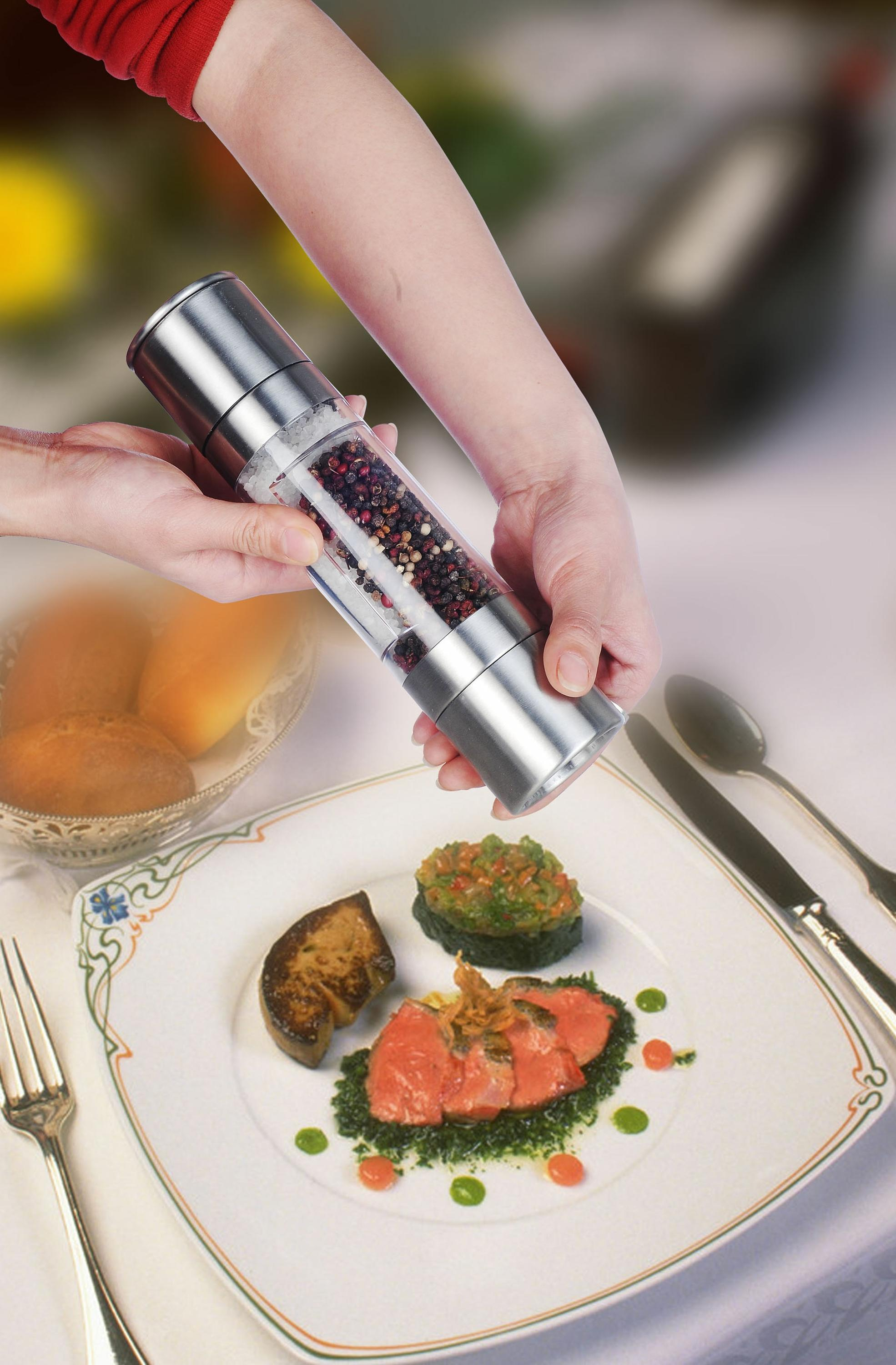 plastic salt and pepper mill 9611 2 in 1 Manual Salt & Pepper Mill