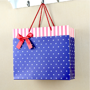 Wholesale Alibaba Fancy Raw Materials Of Paper Bag With Handles, Customized Christmas Paper Bag For Gift