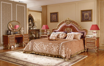 Victoria Style Carved Wooden Royal Bed Luxury Golden Hand Bedroom Furniture Set