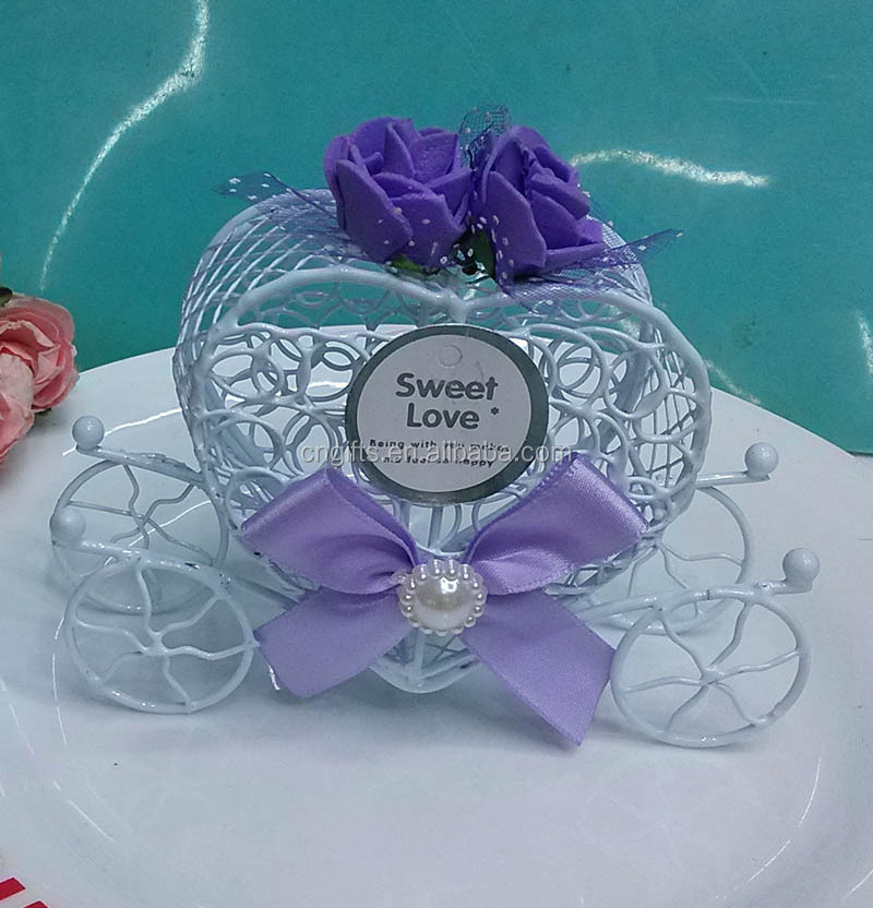 Wholesale Heart Carriage Boxes Iron Candy Box With Rose Decor