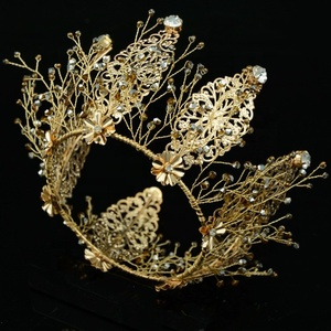 Metal round handmade crystal bridal tiara crown for wedding and Party
