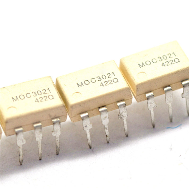 Free shipping! 10PCS/a lot MOC3021 DIP6 MOC3021 FAIRCHILD