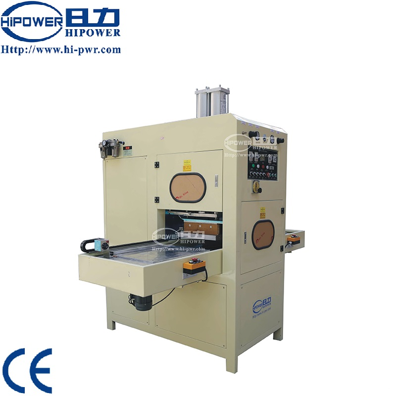 Automatic high frequency plastic <strong>welding</strong> and cutting machine for PVC foam/powder puff making
