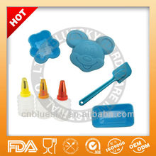 Mickey mouse cake mold with icing bottle baking set for kids