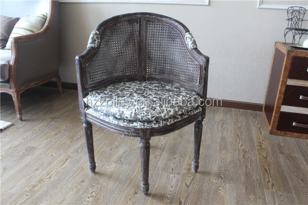 French Wholesale Louis Wooden Chair With Camelback Cane