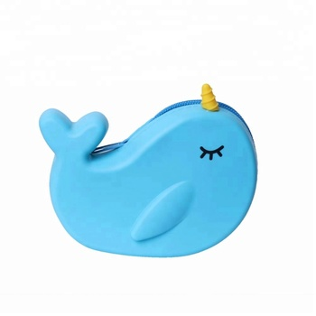 Wholesale Flamingo silicone smart wallet cute whale silicone wallet
