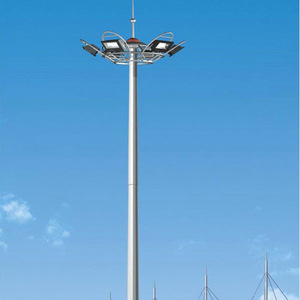 High mast lighting lamp with winch