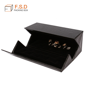 Factory customized unique design black multiple ring box