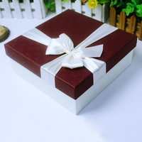 Popular Cardboard Paper Gift Box With Ribbon Bow Tie Gift Packing hot selling fashion valentine's day cosmetic