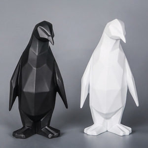Resin origami polygon animal penguin statues