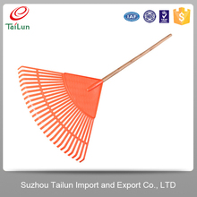 Anti noise wood handle leaf rake plastic garden rake