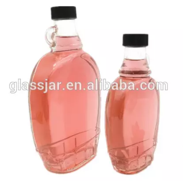 Hot Wholesale 250ml 500ml 8oz clear flat whisky glass wine bottle with handle glass bottle for alcohol