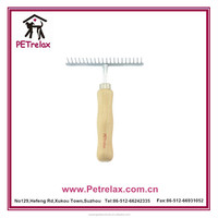 2015 new pet products wooden and plastic dog hair comb