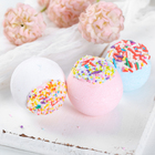 Hot style natural essential handmade private label kids christmas bath bomb