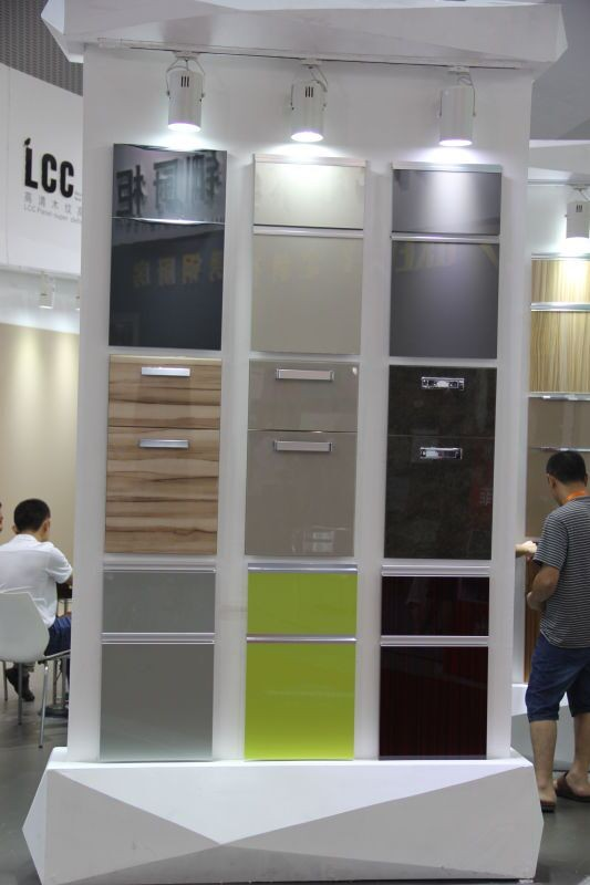 Roldeur Voor Keukenkast.Hoogglans Acryl Keukenkast Deur Roldeur Keukenkast Aluminium Frame Glazen Deur Voor Groothandel Buy Keukenkast Aluminium Frame Glazen