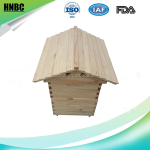 outflow beehive of NZ pine wood bee hive box