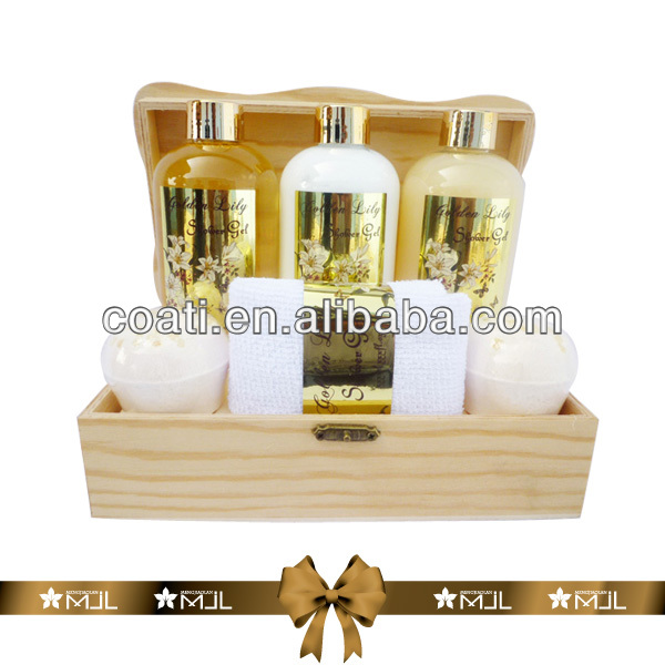 golden lily body cream bath set office gifts custome bath gel set