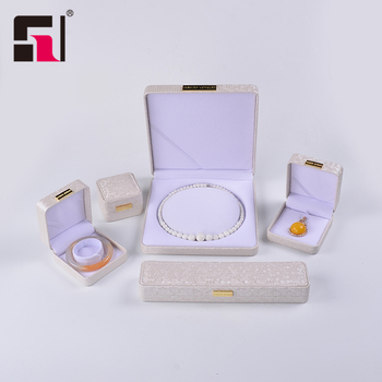 Guangzhou High Quality Jewelry Packing  Custom Ring Necklace Box