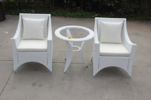 Outdoor wicker coffee table and chairs furniture Manufacturers