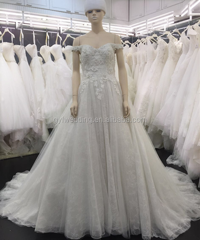 Pretty A-line Off the shoulder Sweetehart Neckline Flower Lace Beadings China Guangzhou Wedding Dress With Long Train 2016 A172