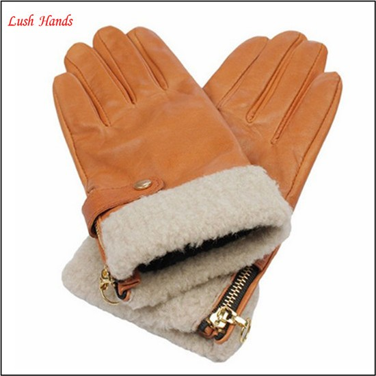 lady camel colored warm winter leather gloves with zipper