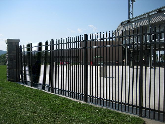 Metal steel pipe fence buy
