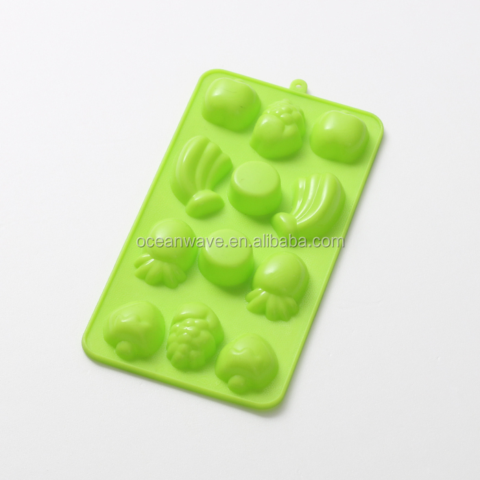 100% food grade lotus flower silicone mold can pass FDA and LFBG test for Baking utensils