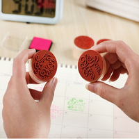 customized round 3*3cm colorful rubber wooden stamp