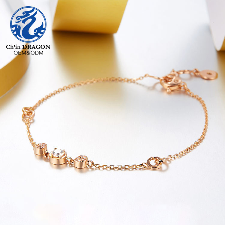 Fashion Fancy Gold Hand Chain Bracelet