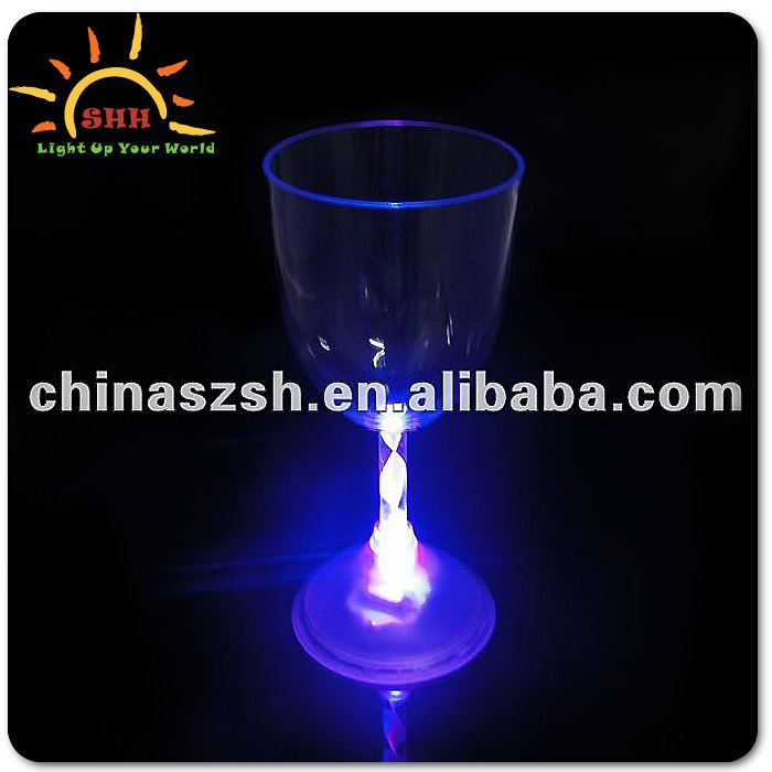 Eco-Friendly Plastic LED Flashing Martini Light Up Goblet Glow Cups