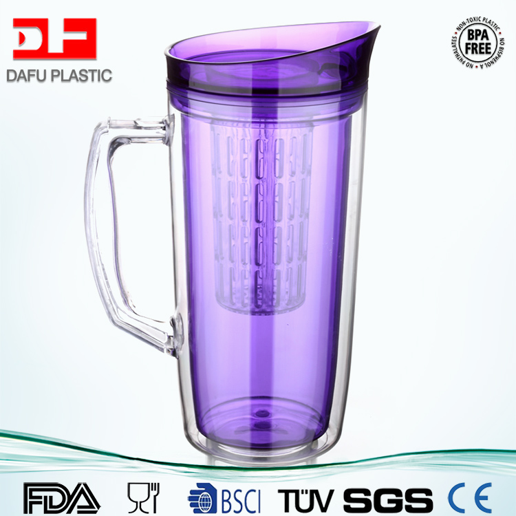 1000ml Tritan BPA Free Double Wall self cooling tea kettle with Fruit Infuser Refrigeration Ice water kettle with handle