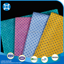 Heavy Duty Dyed Kitchen Nonwoven Cleaning Wipe With Plastic Dot
