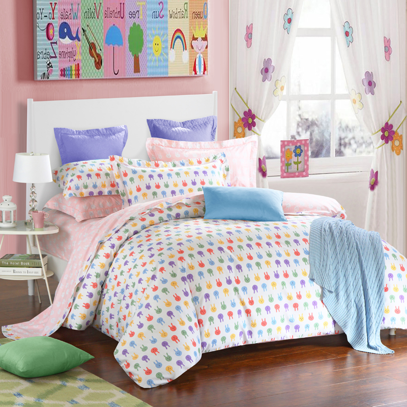 achetez en gros spot housse de couette en ligne des grossistes spot housse de couette chinois. Black Bedroom Furniture Sets. Home Design Ideas