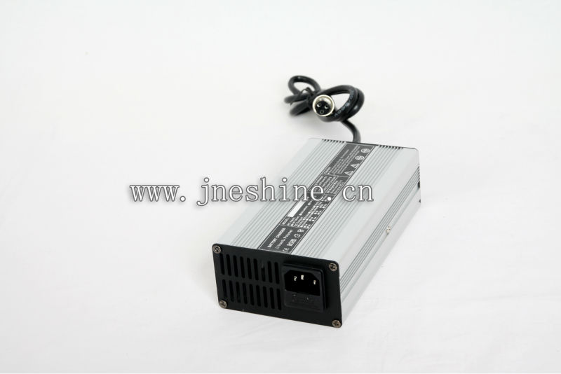 36V li ion battery charger 110V-220v with CE&ROHS