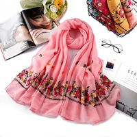 2018 Pretty arab womans dress clothes headcloth coverchief hijab rose flower embroidery new muslim scarf