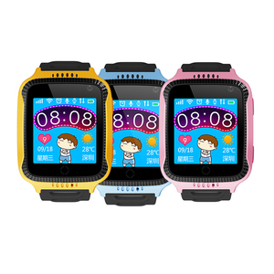 2018 kids android GPS track watch Child Anti Lost SOS Call kids gps smartwatch Q528 Q529 smart watch with making call function