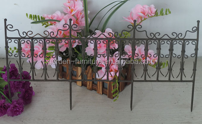 Short Metal Garden Fence Painted White Outdoor Lawn Edging Decorative Iron  Fence,wire Fence,