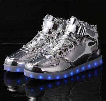 2140f4b21b388 Nom De Marque Pas Cher En Gros Enfants Chaussures En Chine Fabricant LED  Chaussures