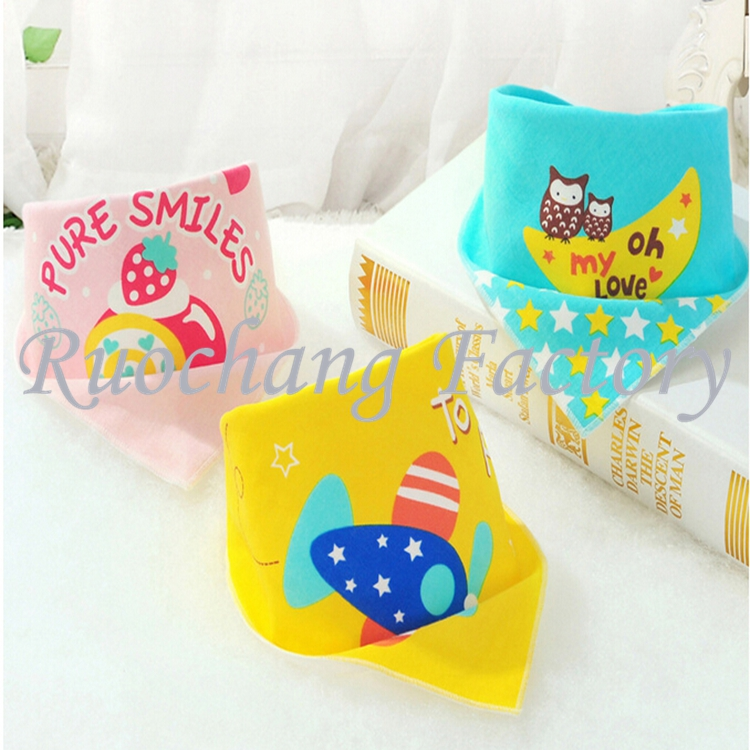 2017 Latest hot selling new fashion 100% cotton soft cartoon baby bandana drool bibs