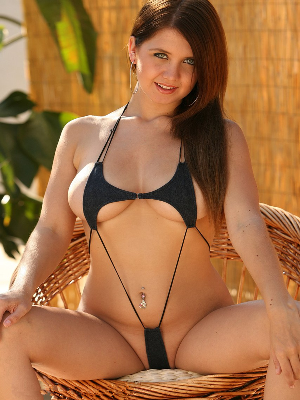 Pin Up Microbikini Gallery 6